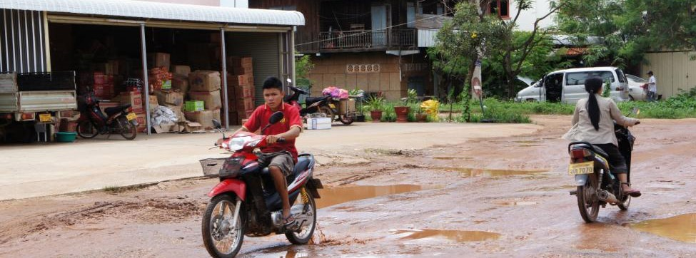 Jeremy Sung blog from Kaysone Phomivhane - flooded and potholed roads