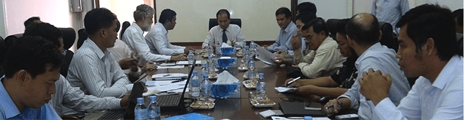 Roundtable Meeting with the Cambodian Ministry of Public Works and Transport on 25 May 2015